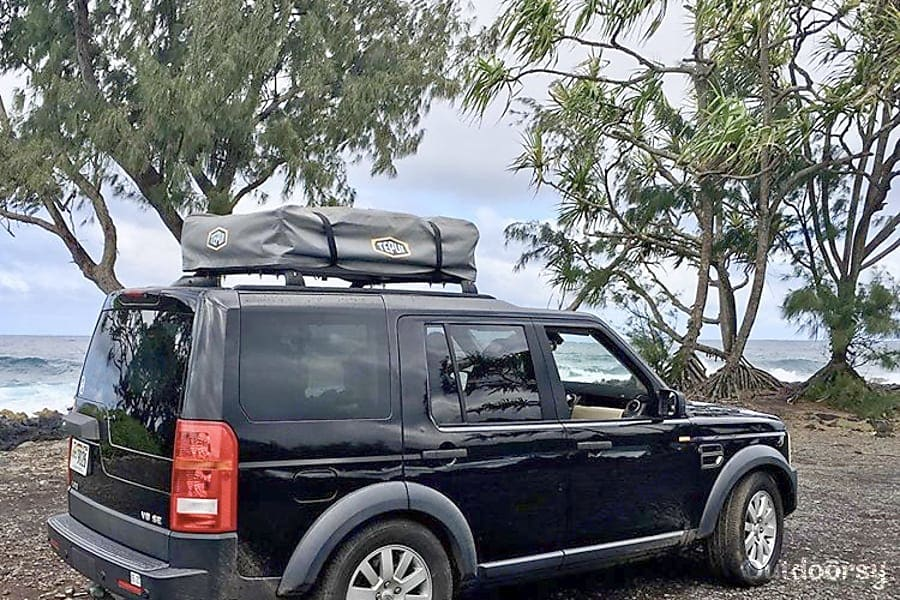 East to put up and take down. Land Rover LR3 2006