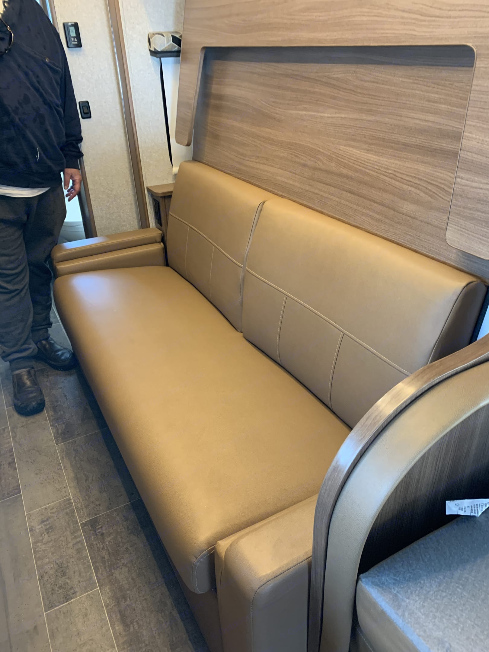 Couch that turns into the queen sized bed.. Winnebago View 2018