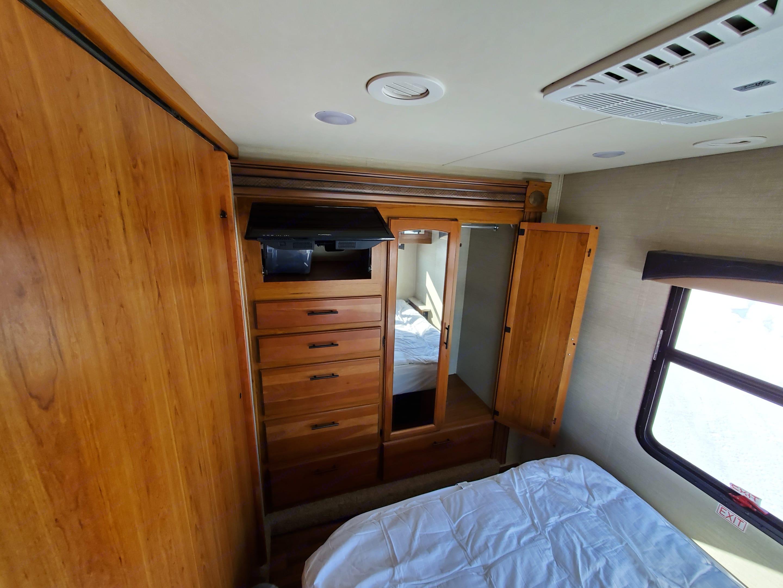 Master Bedroom has lots of room for lots of clothing.. Jayco Greyhawk 2017