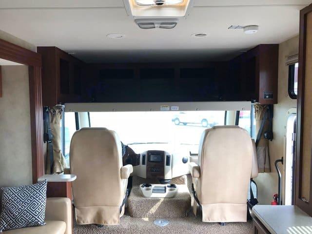 cab overhead bed. Thor Motor Coach A.C.E 2014