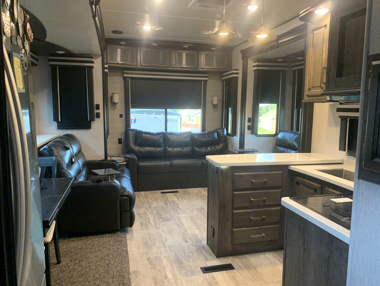 Large open kitchen/living in rear of fifth-wheel.. Heartland Gateway 2017