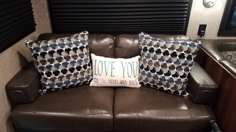 Cozy sofa.. Jayco Jay Flight 2018