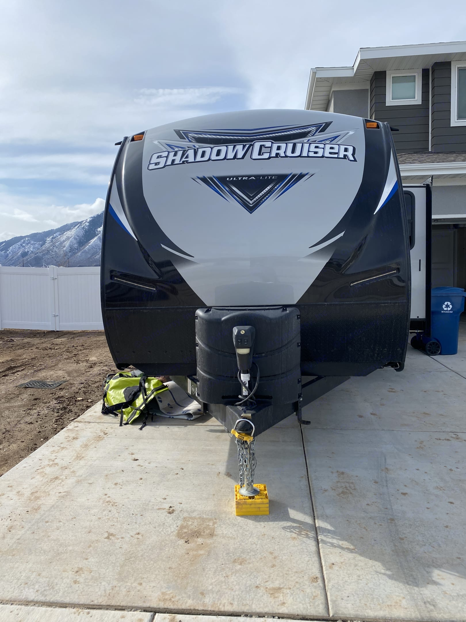 Front of trailer. Cruiser Rv Corp Shadow Cruiser 2018