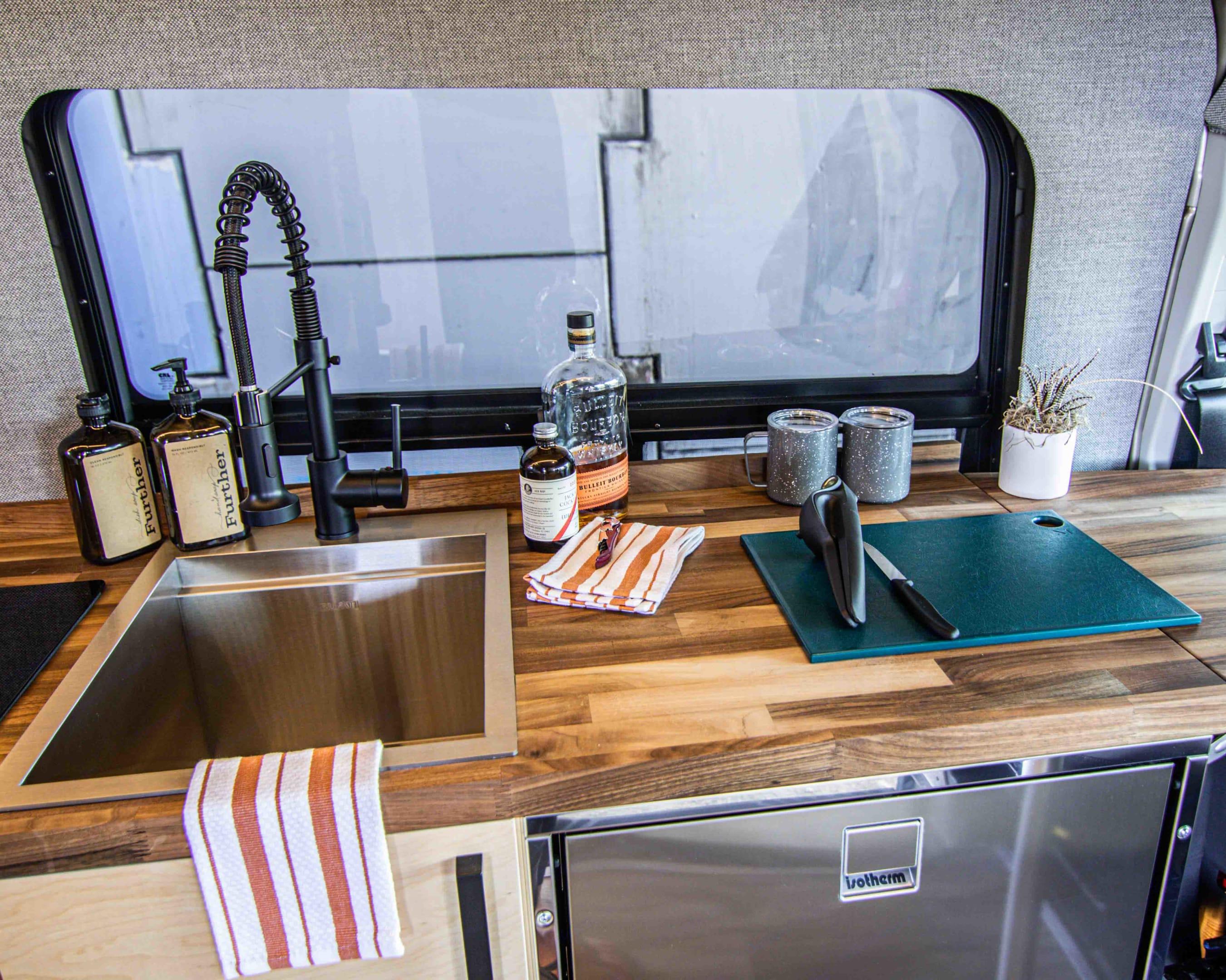 Aprés-adventure time ready!. Ford Transit 2020