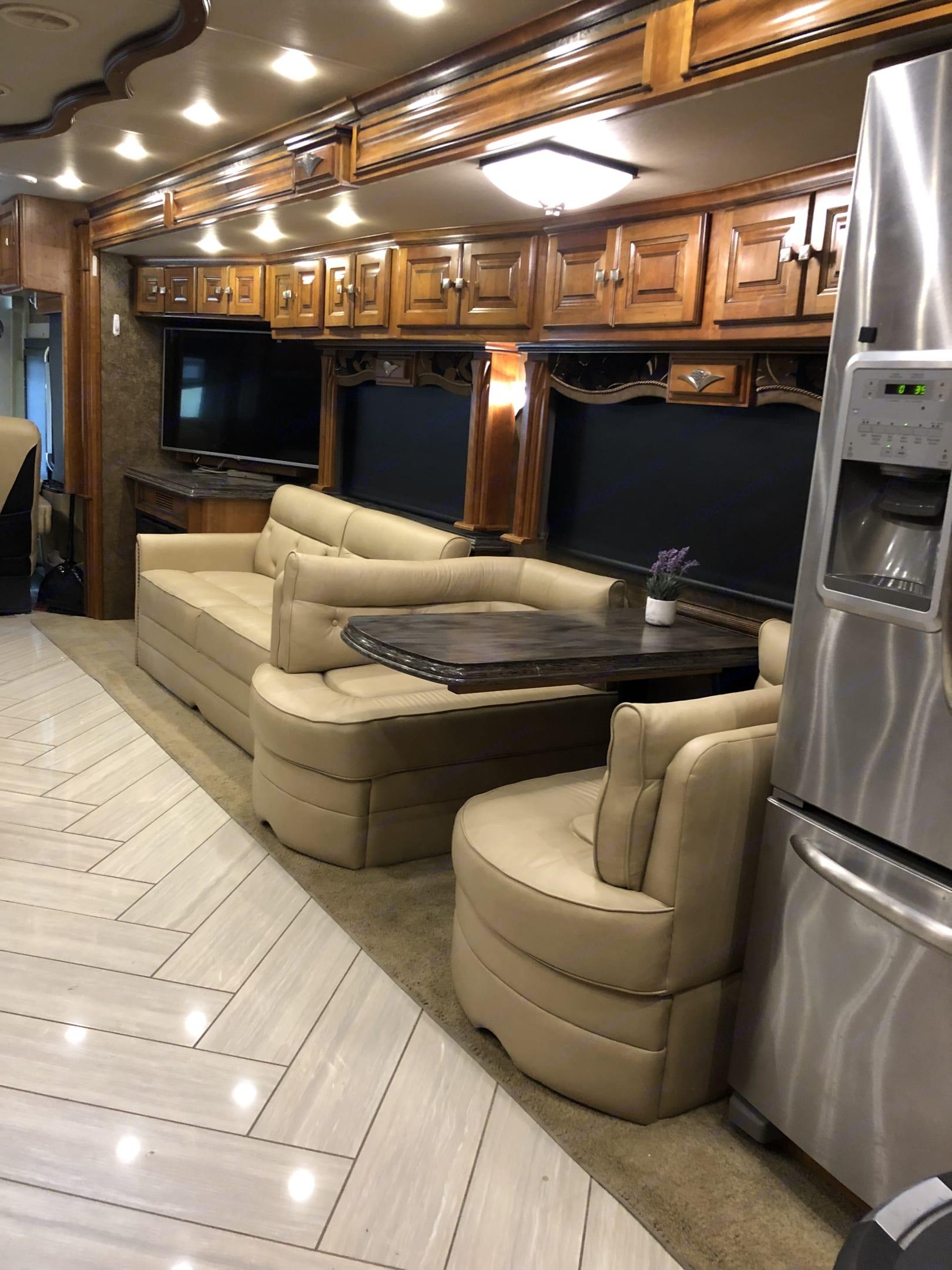 Tiffin Motorhomes Allegro Bus 2015