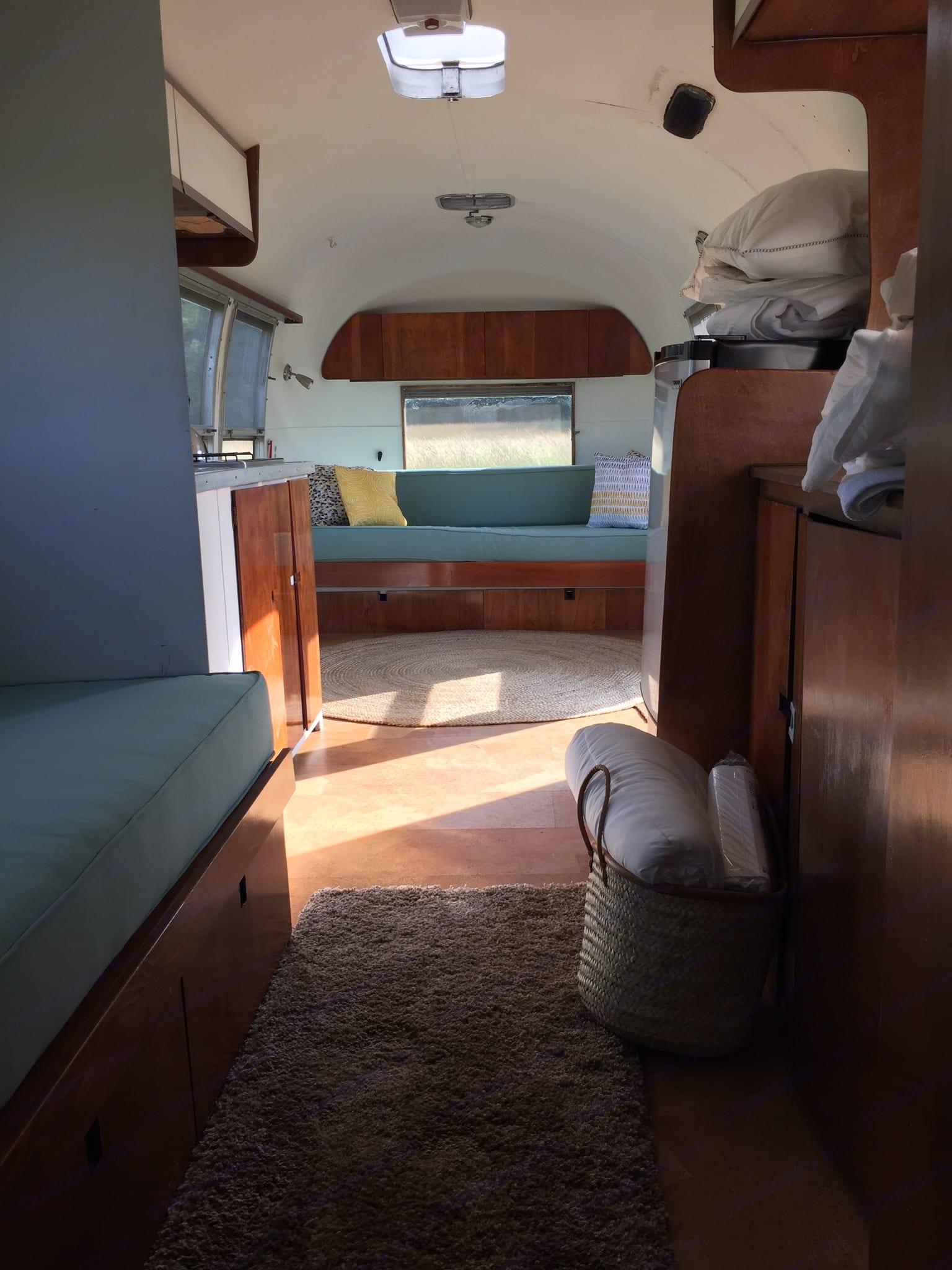 Airstream Ambassador 1969