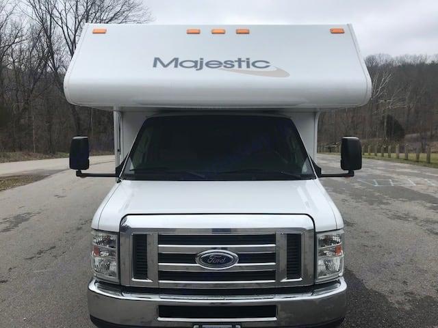 Thor Motor Coach Majestic 28A 2014