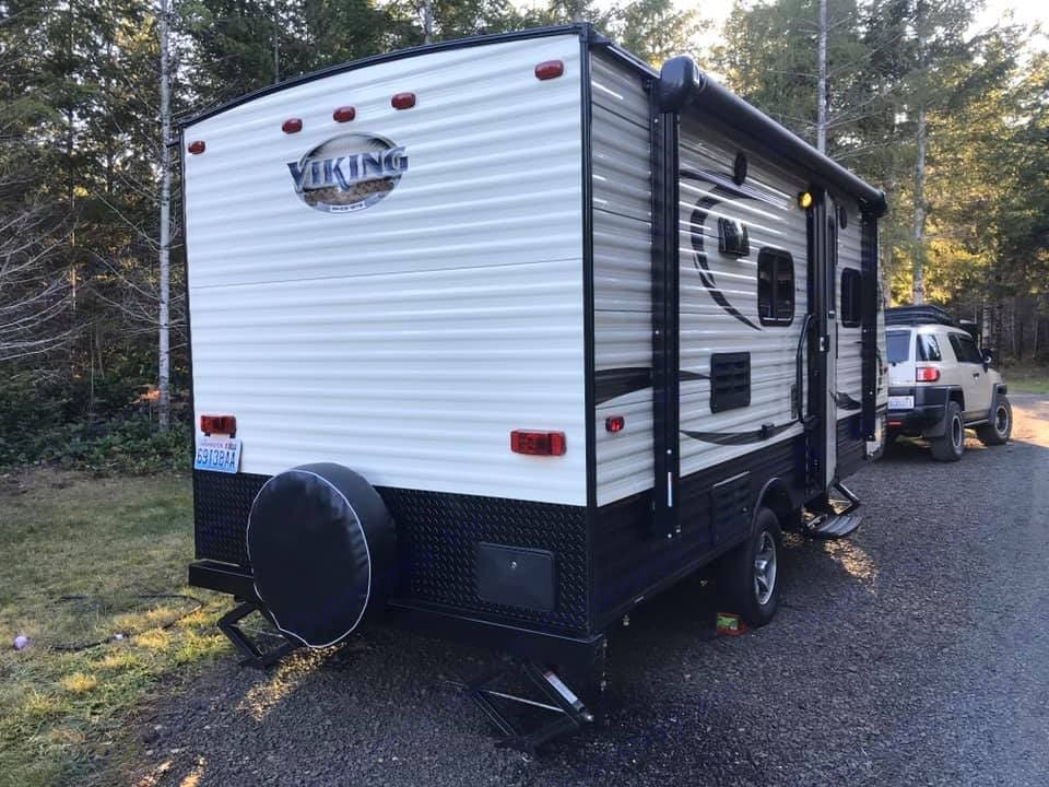 Can Be Towed With An Mid Size SUV/ Jeep. Ultra Lite 3260 Lbs. Forest River Viking 2017