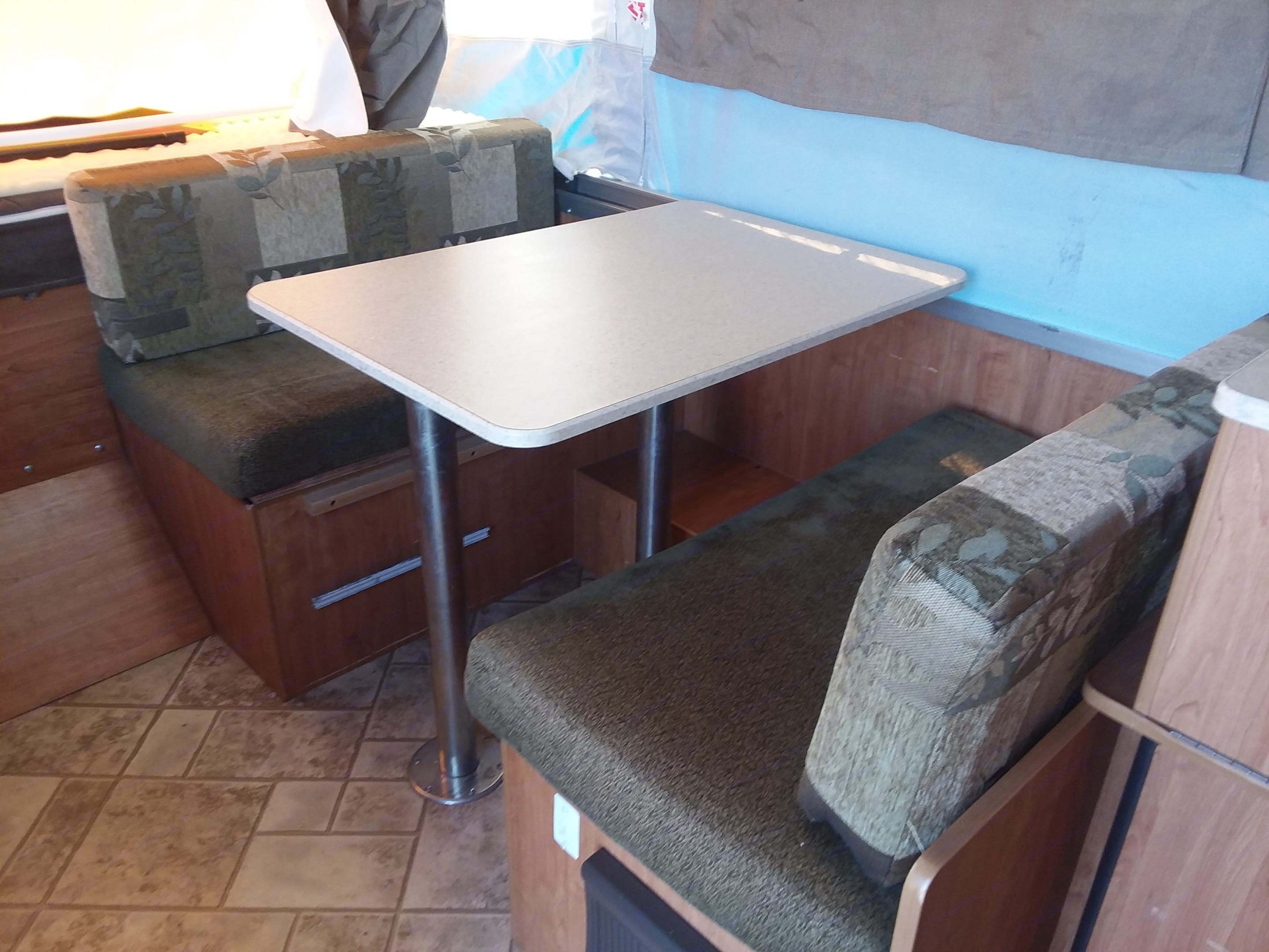 Dinette Table shown set up for dining.. Flagstaff MAC 176LTD 2010