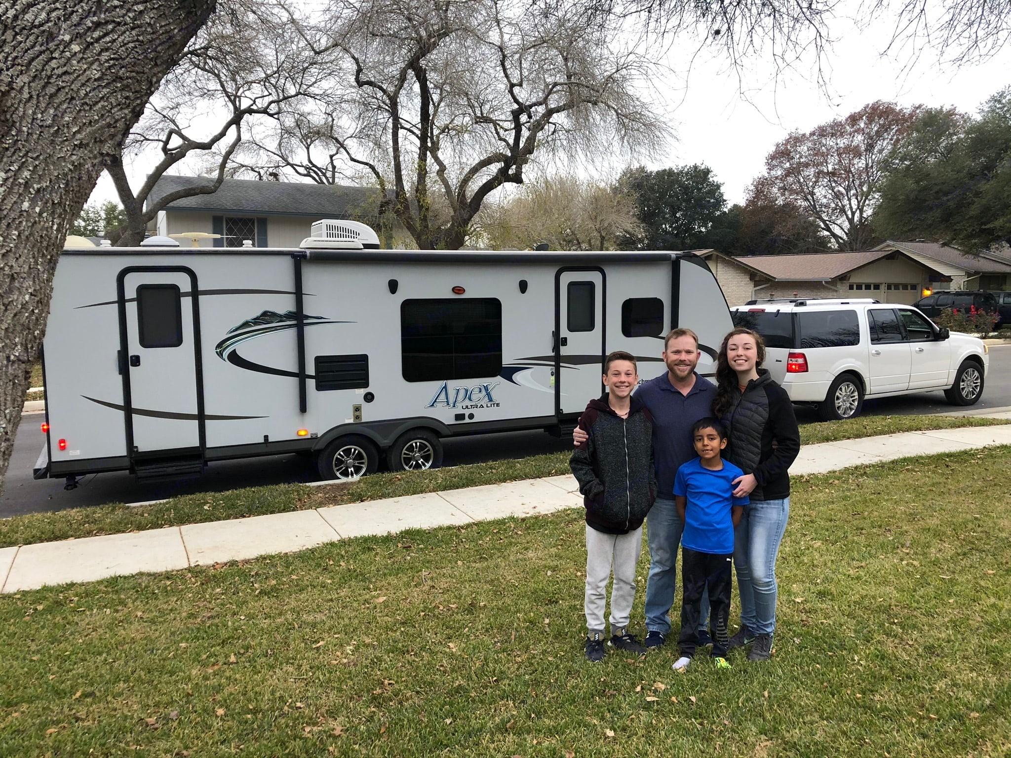 Trailer & Family Heading Out. Coachmen Apex 2015