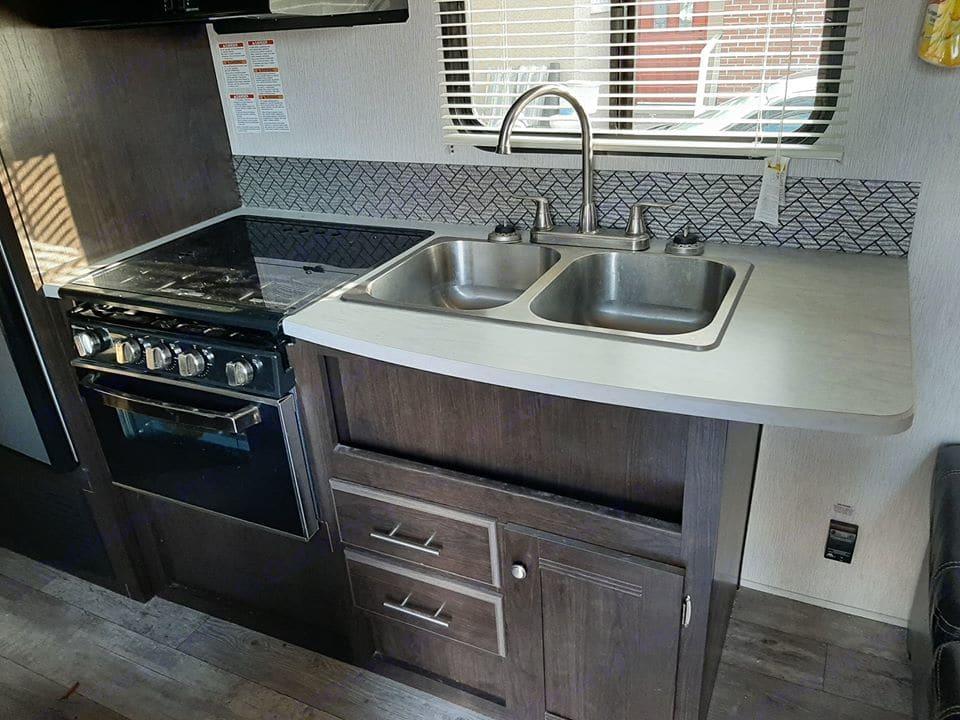 Kitchen. Heartland Pioneer 2019