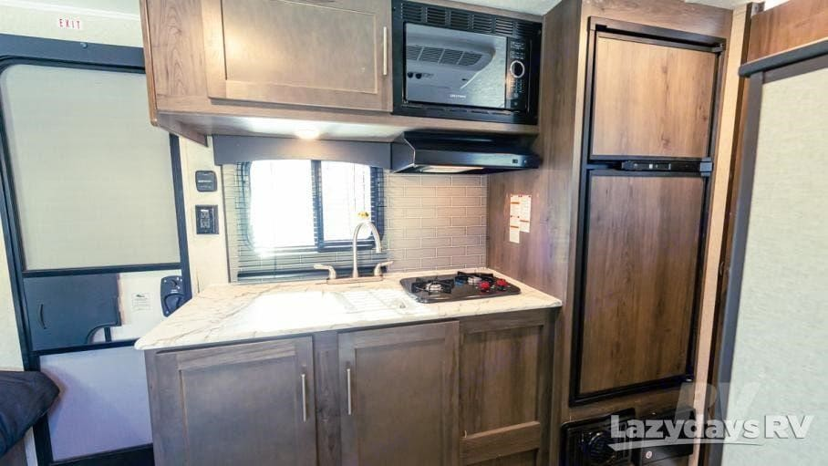 Kitchen. Coachmen Viking 2020