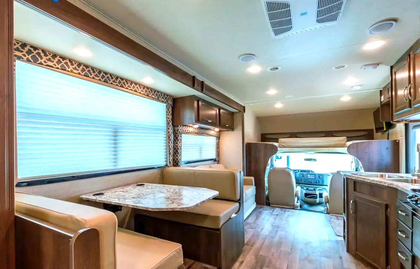large living space with extra long slide for more room. Jayco Class C Motorhome 2019