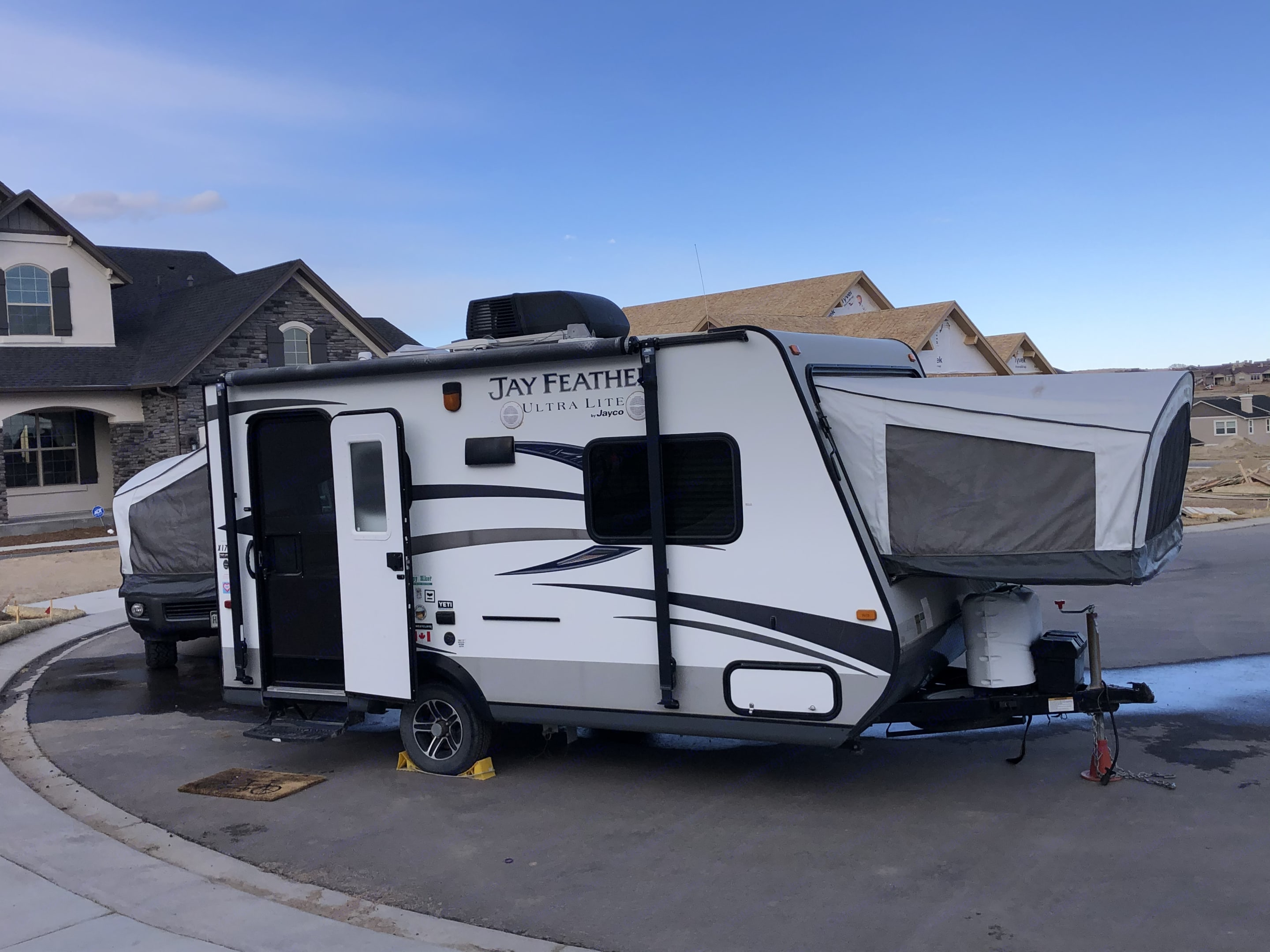 Queen beds popout (Front and Back). Jayco Jay Feather 2016