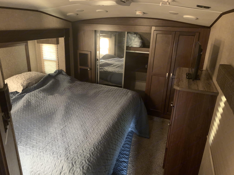 Master bed. Heartland Sundance 2016