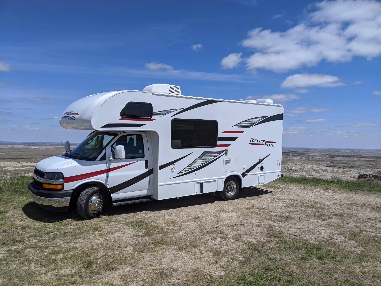 Exploring the Badlands. Thor Motor Coach Freedom Elite 2020