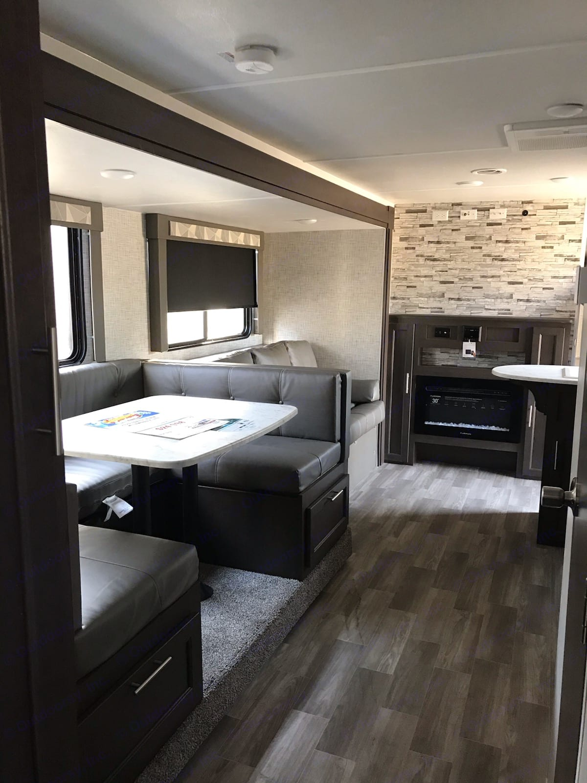 U shape dining room. Forest River Wildwood X-Lite 2020