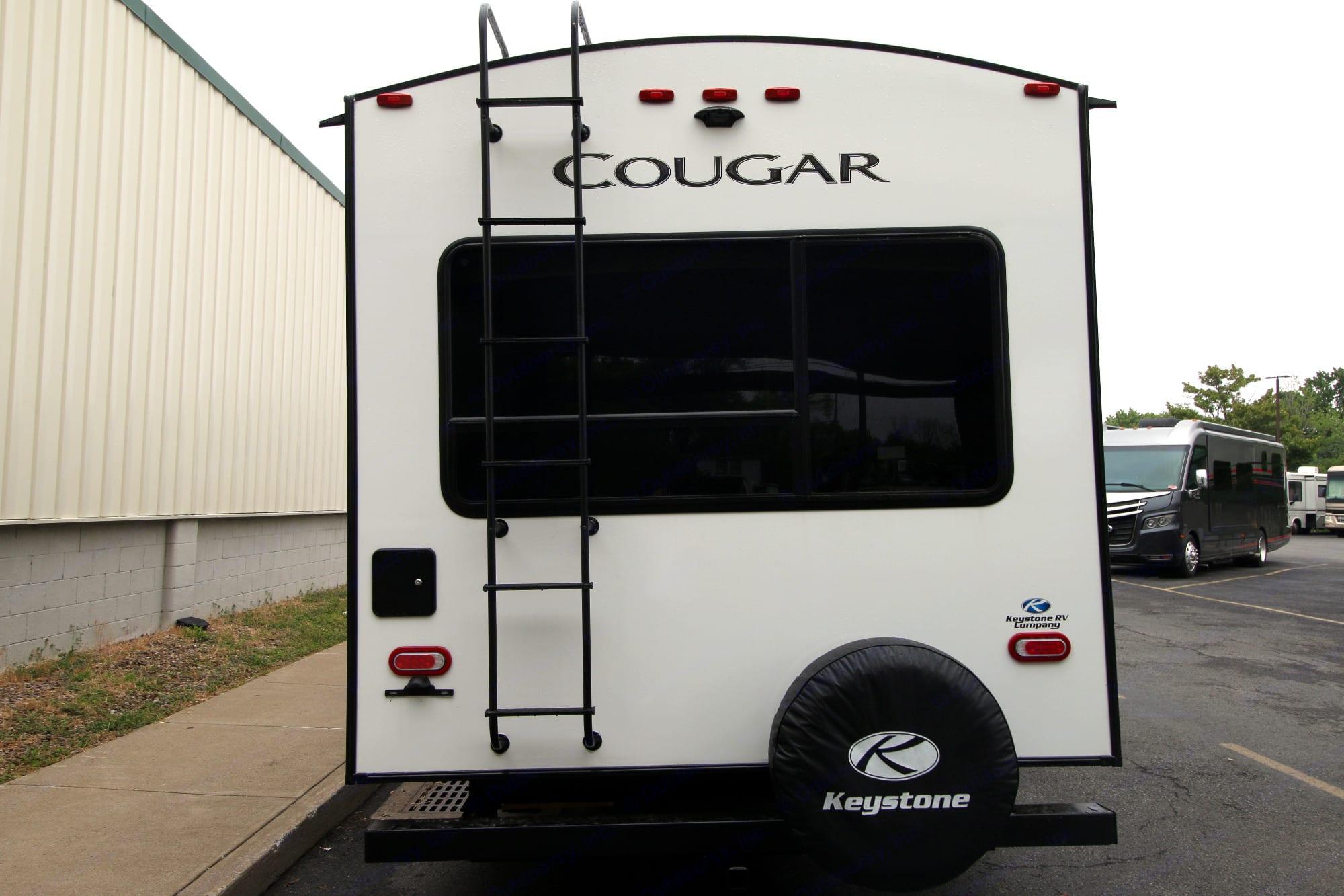 Keystone Cougar Half-Ton 2021