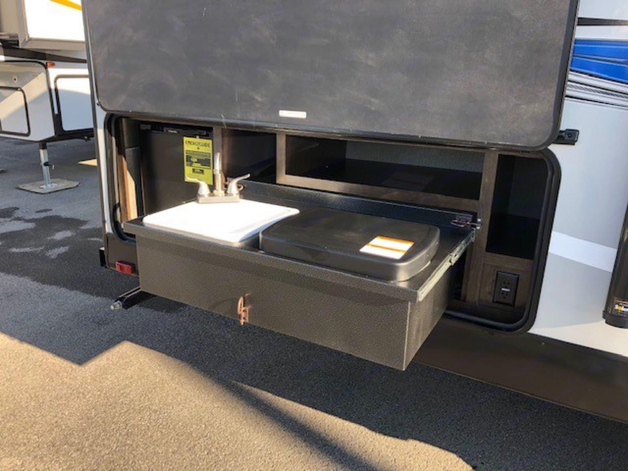 CruiserRvCorp ShadowCruiser 2018
