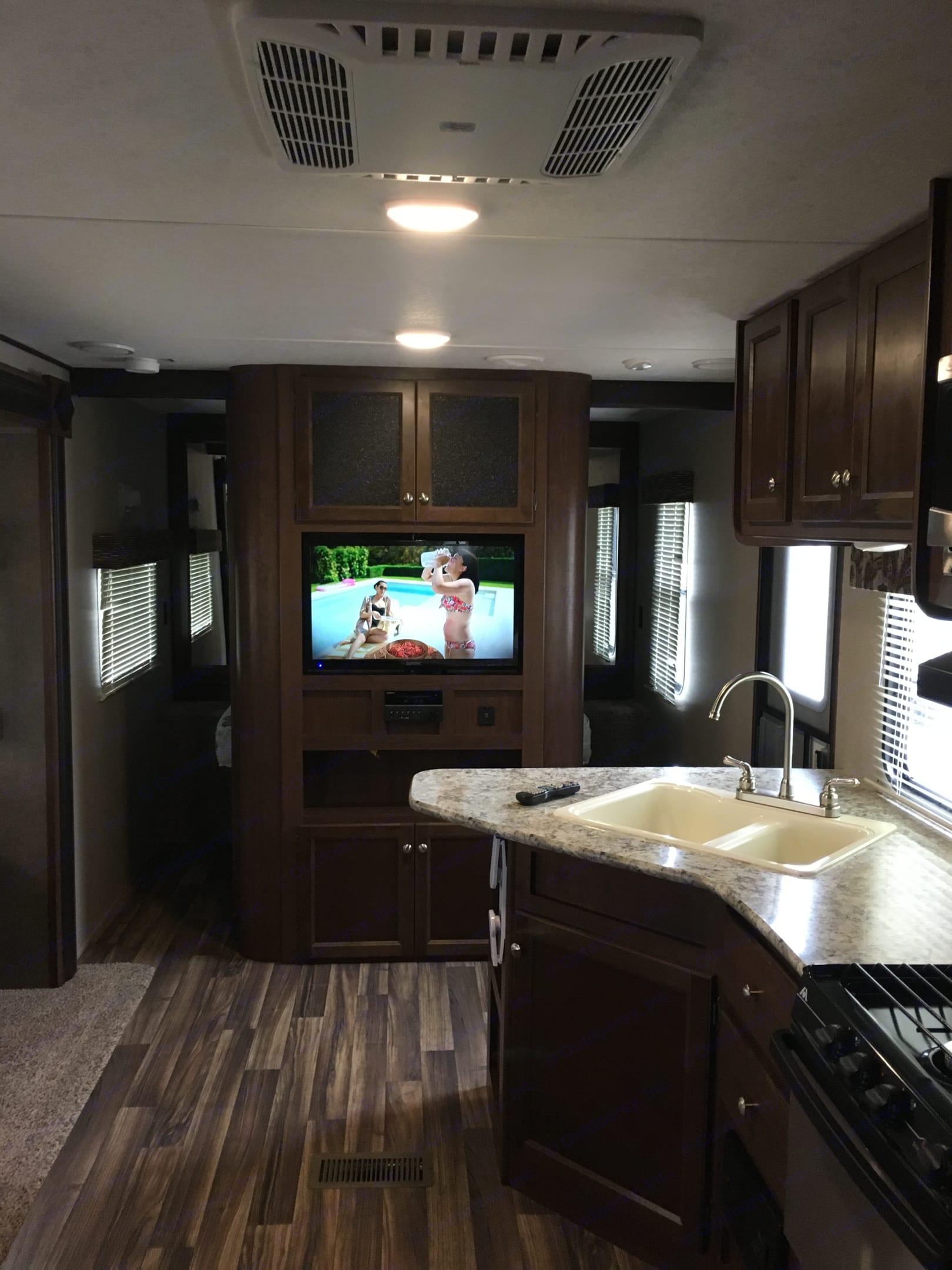 TV kitchen area. Keystone Hideout 2018