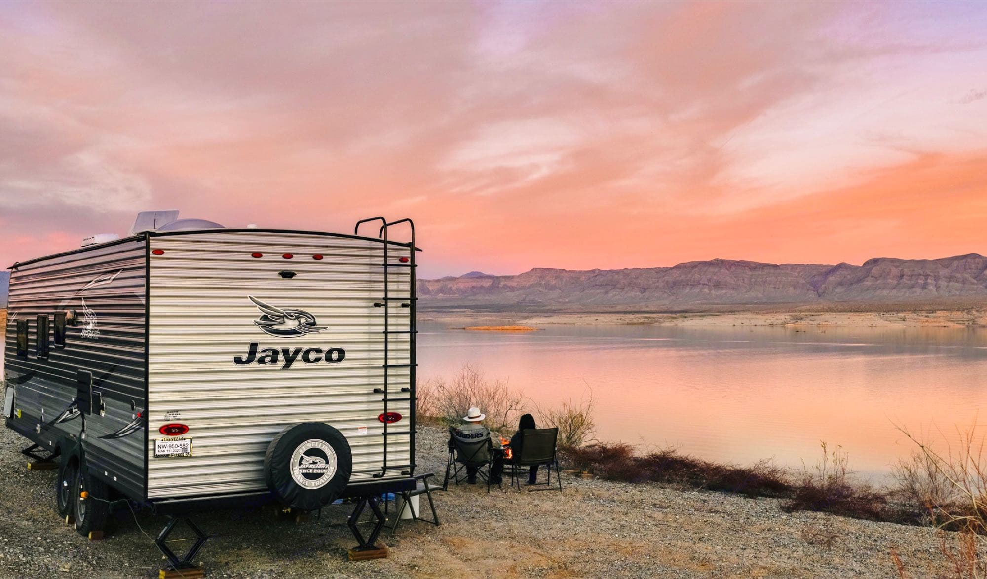 rear exterior. In-laws relaxing at lake mead. Jayco JayFlight 2020