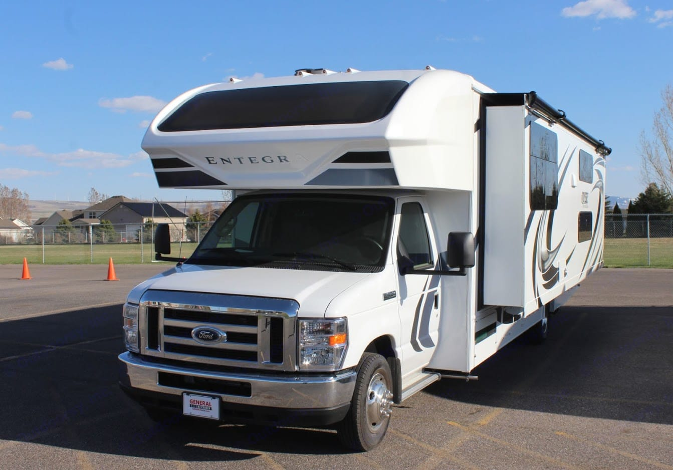 Entegra Coach Odyssey 31 F 2020