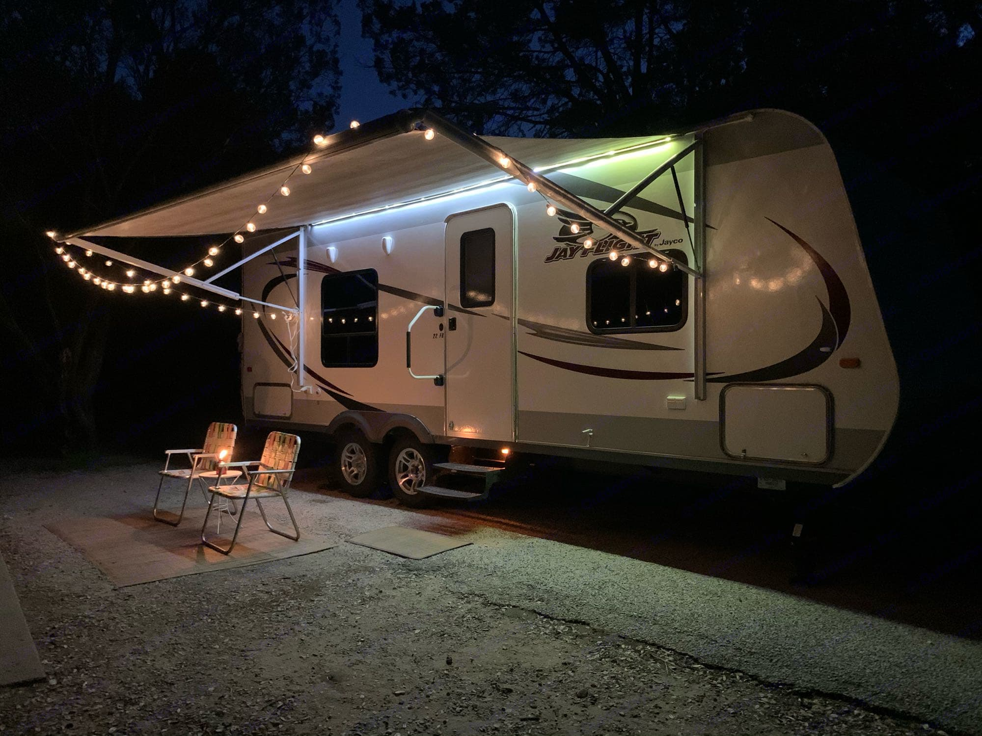 Camping at it's finest! Spend a peacefull evening under our lit canopy.. Jayco Jay Flight 2014