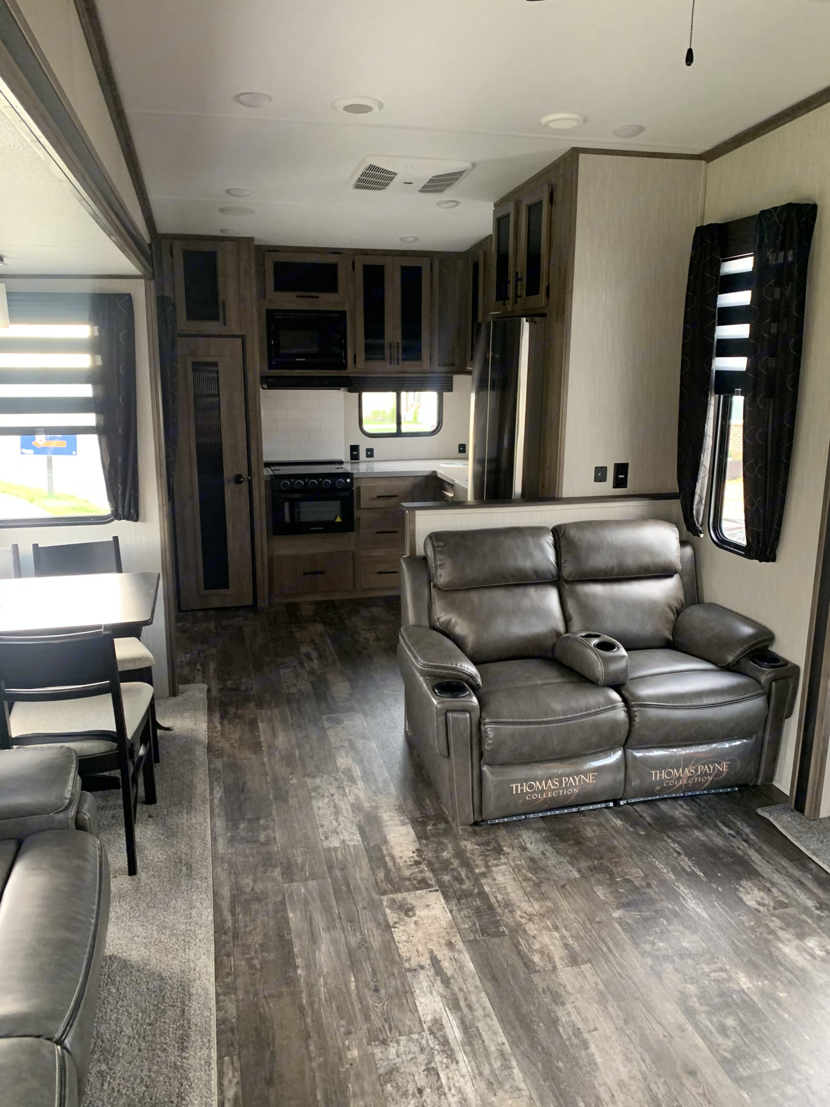 seats have (heat, massage,recline and light). Forest River Sabre 2020