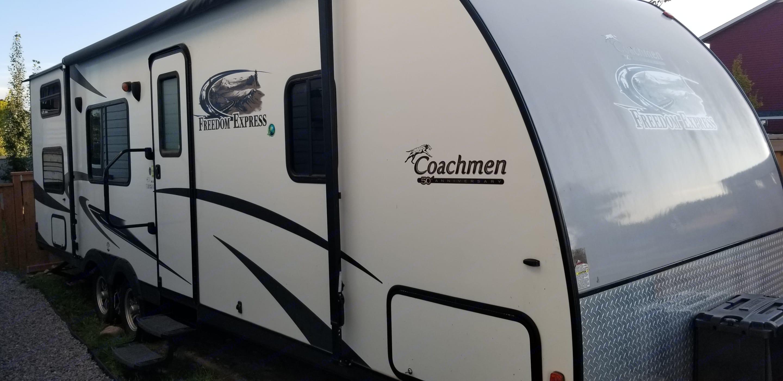 Coachmen Freedom Express 2013