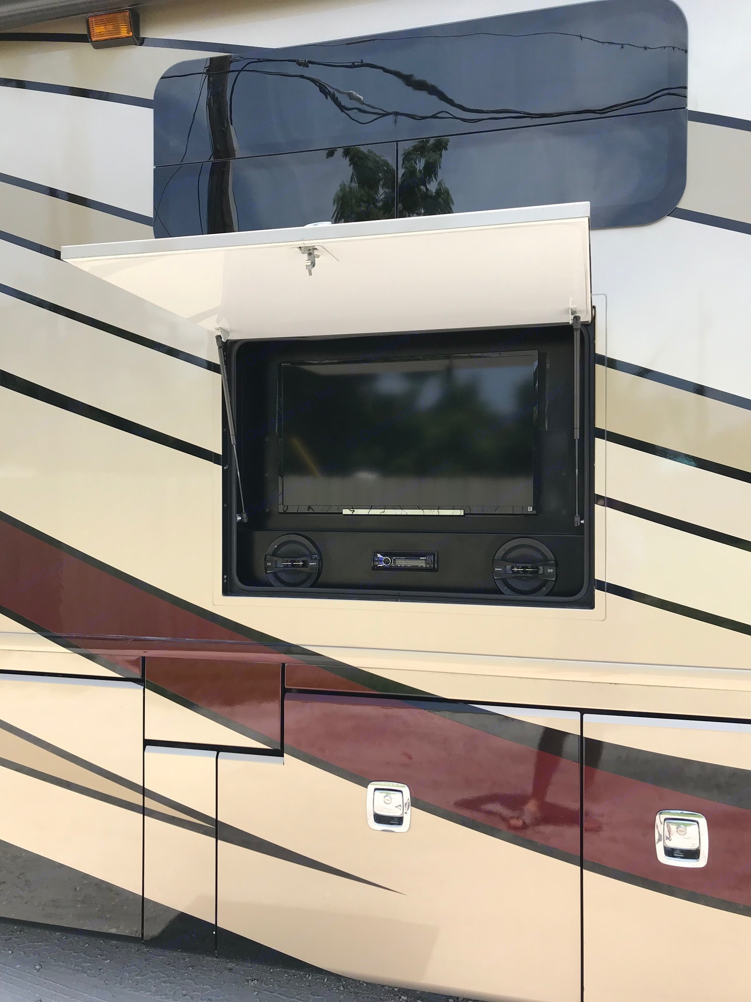 Fleetwood Discovery 40G 2015