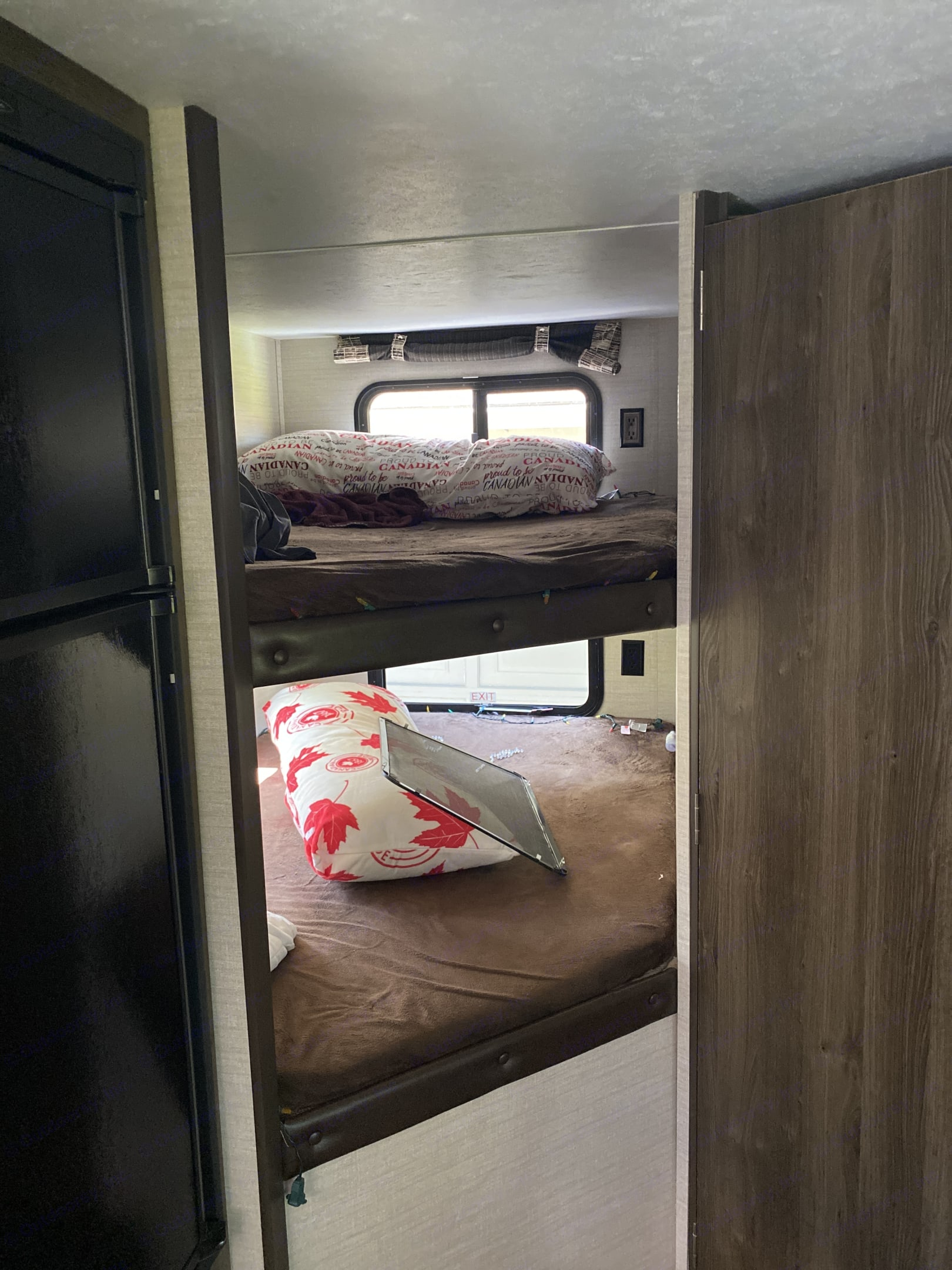 Double bunks with walls on each side. Keystone Bullet 2017