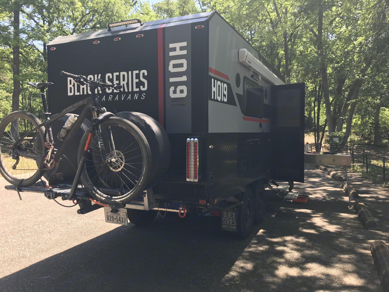 "mount for 2"" bike rack. Black Series Black Series HQ19 2019"