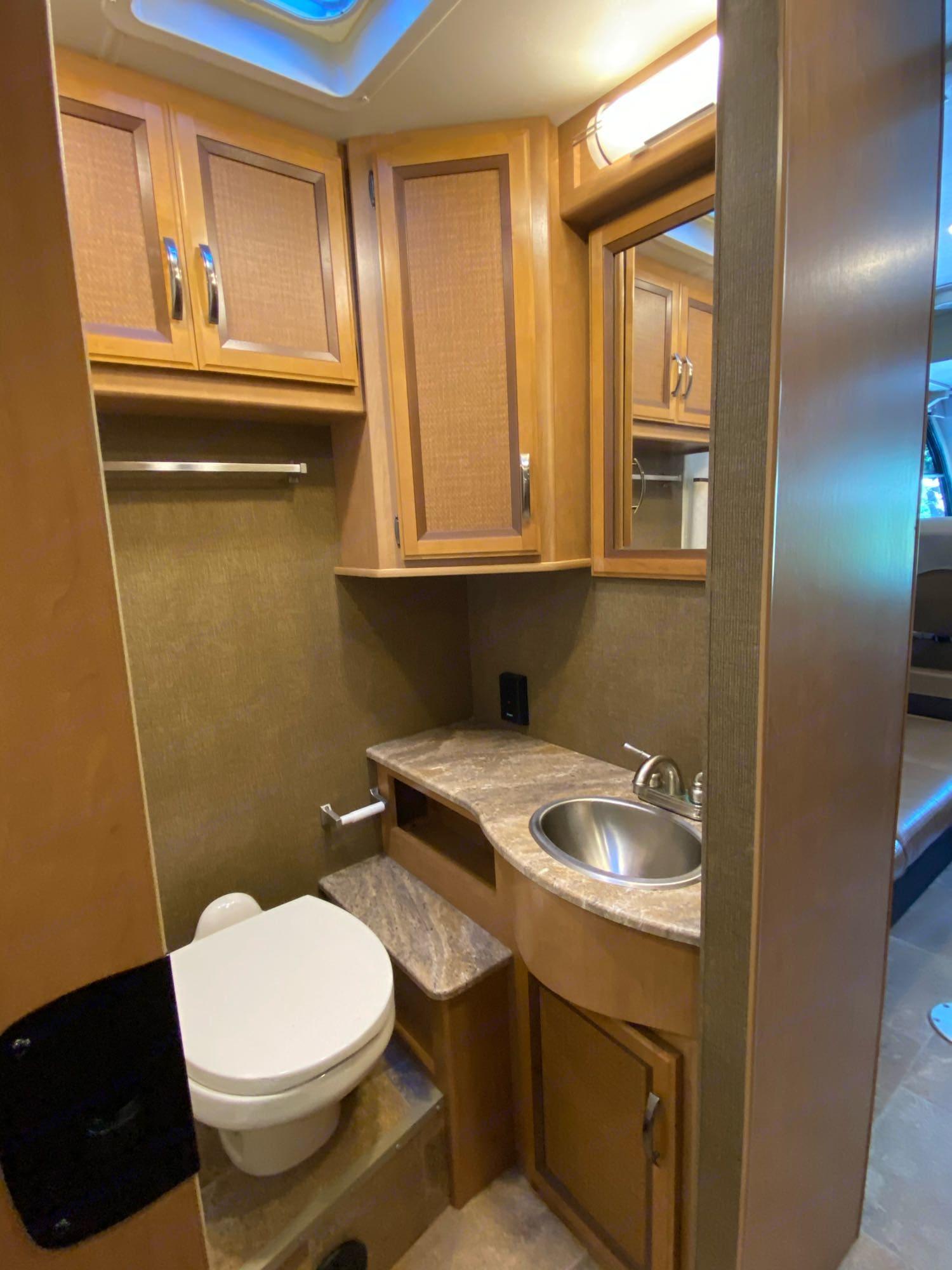 bathroom. Thor Motor Coach Axis 2016