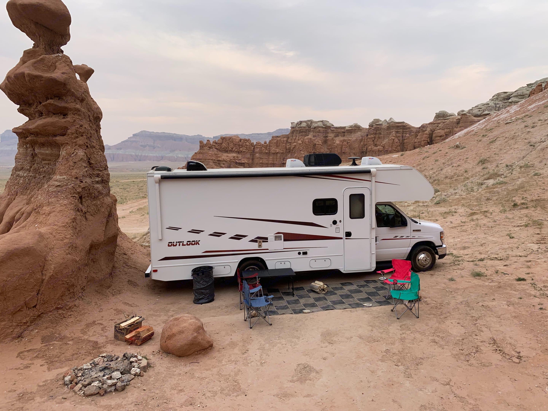 Perfect Adventure RV.. Winnebago Outlook 25J 2019