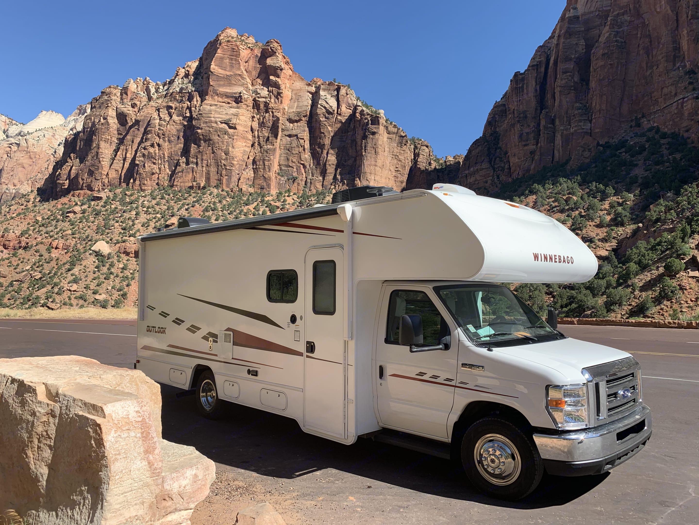 Adventure somewhere in Utah!. Winnebago Outlook 25J 2019