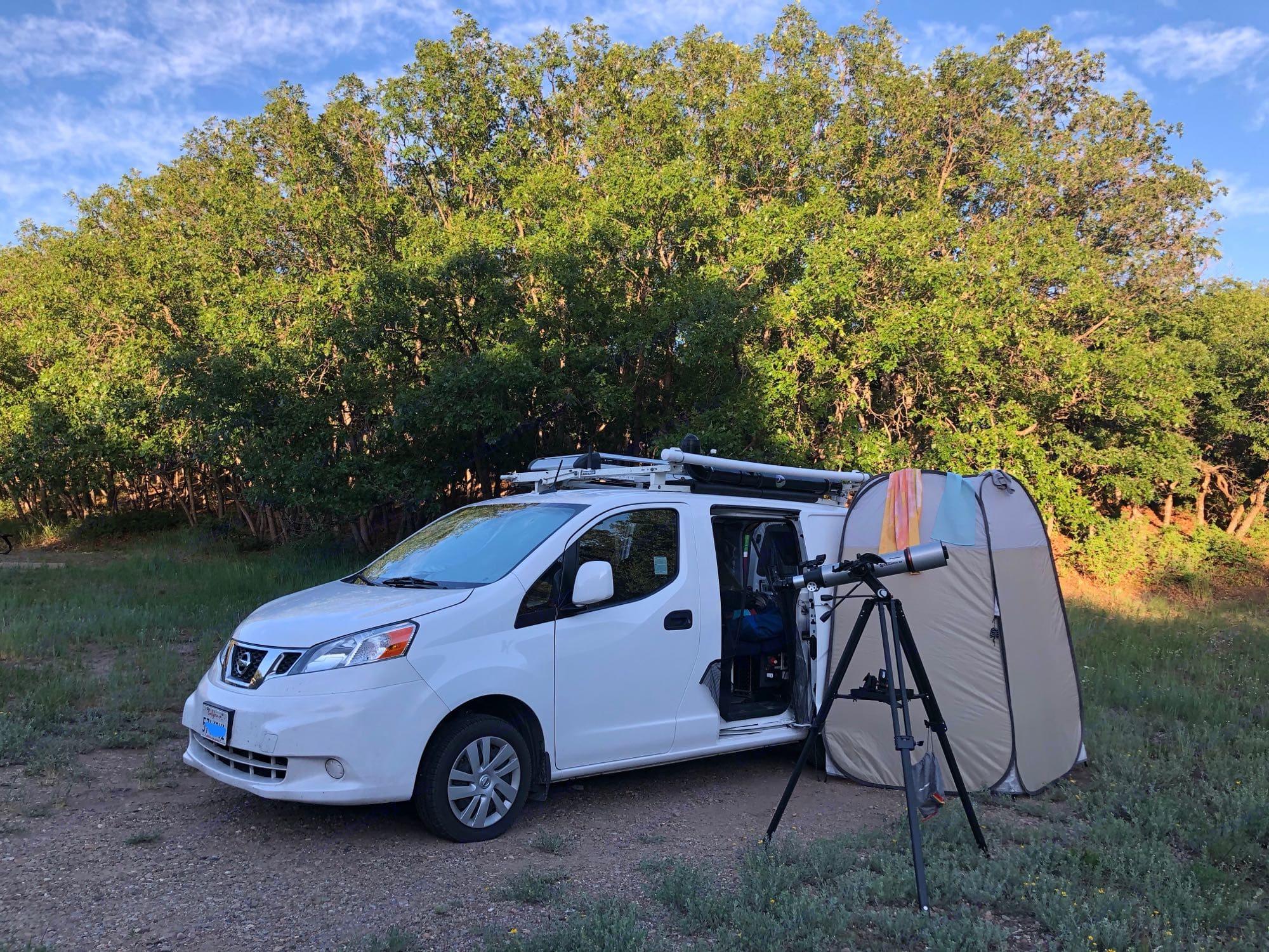 Outdoor Shower & Tent. Nissan NV200 SV 2015