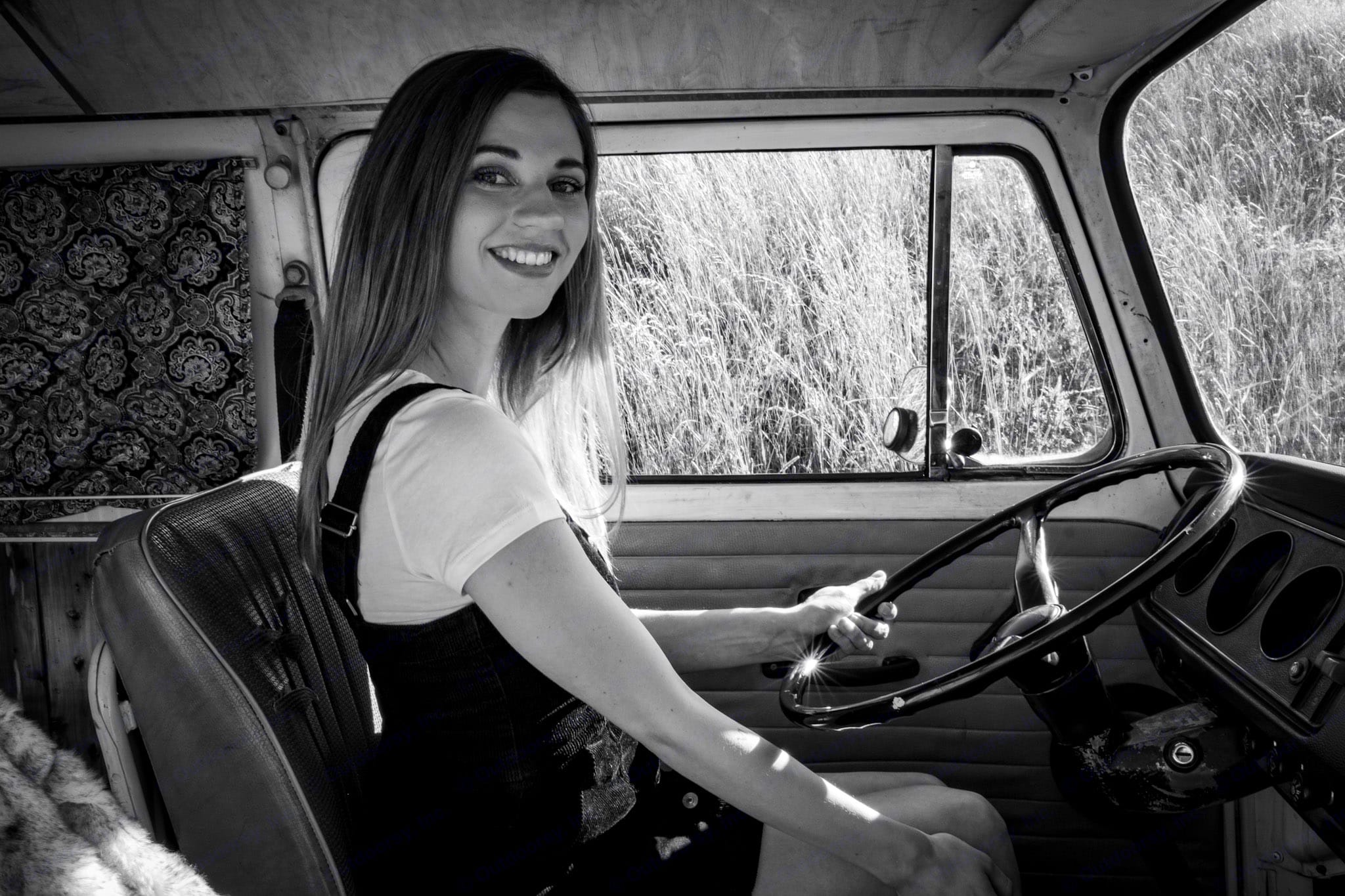 You will find it hard NOT to smile while you are driving around a Classic VW Bus. Whether you are exploring downtown Portland or a neighborhood . Volkswagen Westfalia 1971