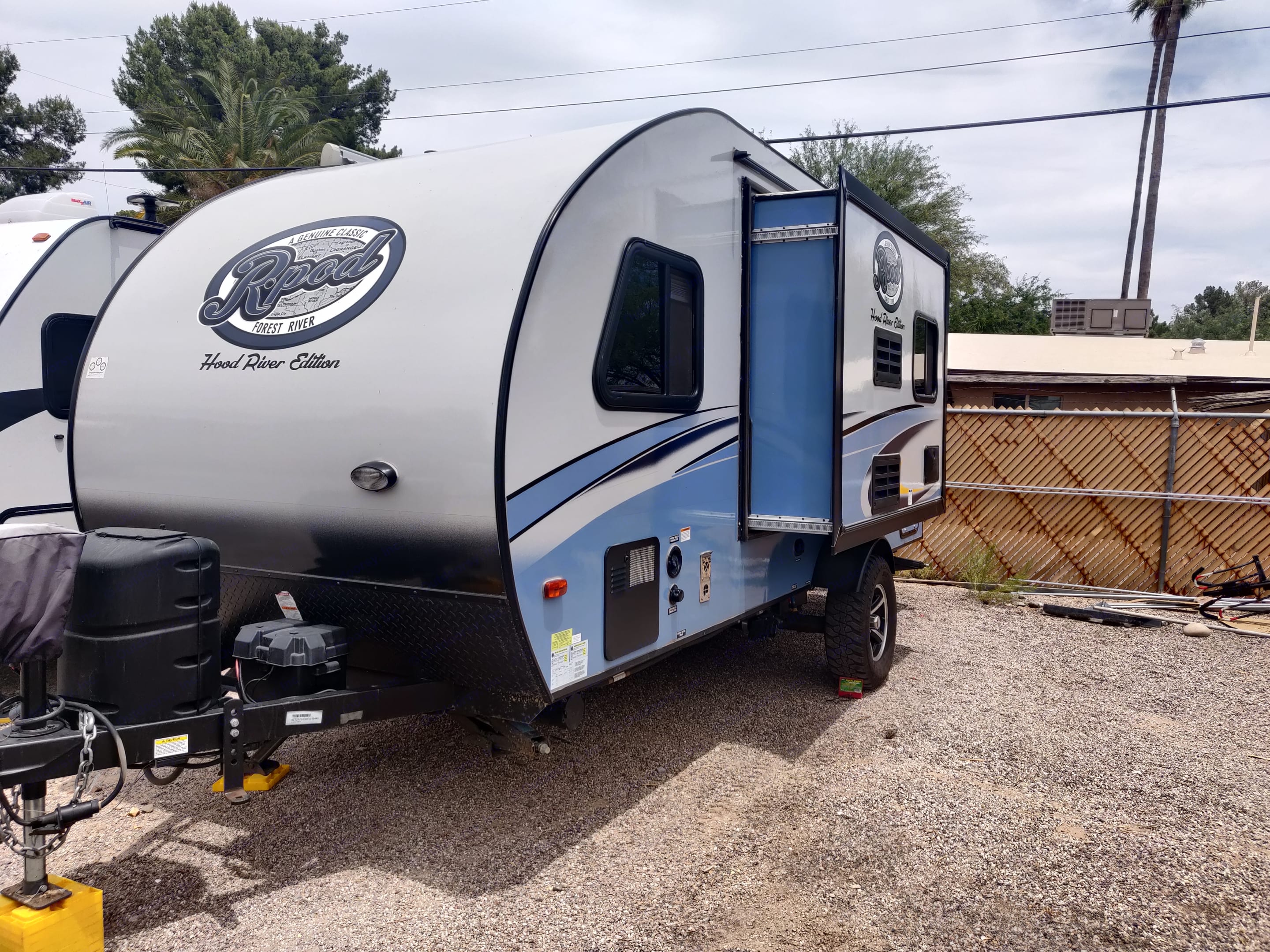 At 20.5 ft and just under 3000lbs, this trailer is a breeze to tow. The slideout makes such a difference to the inside!. Forest River R-Pod 2019