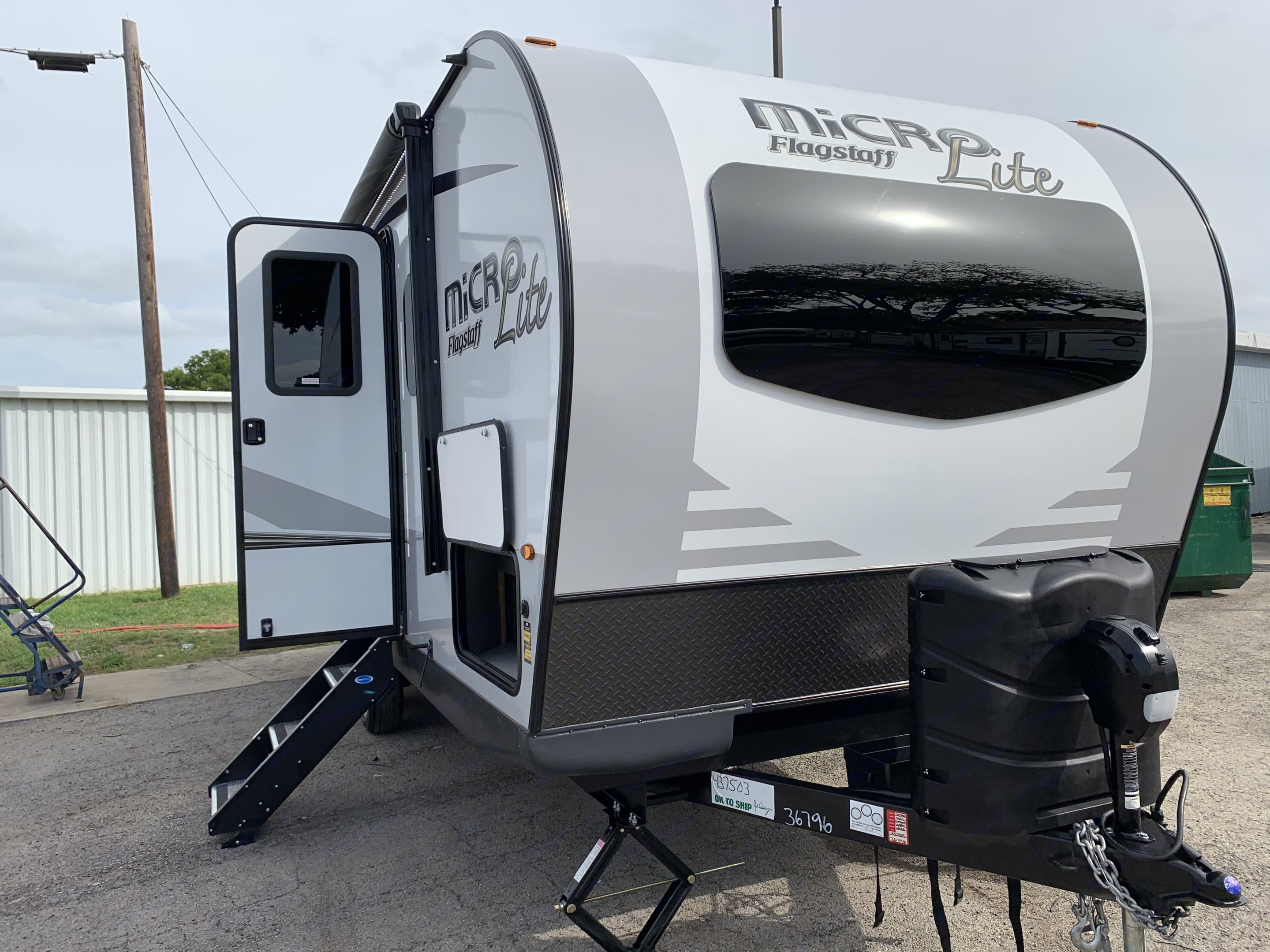 Forest River Flagstaff Micro Lite 2021