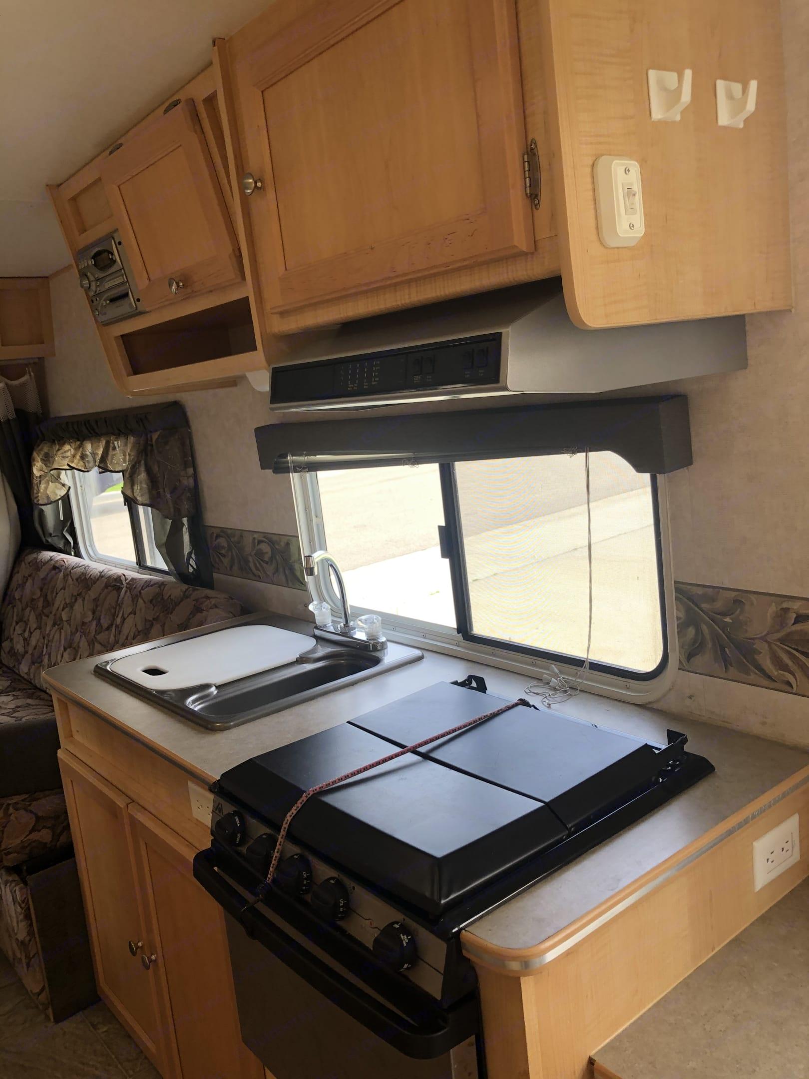 Full kitchen. Trail Lite Trail Cruiser C191 2006
