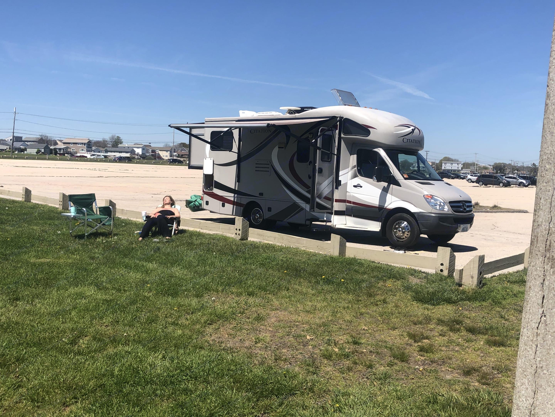 Scarborough Beach ,RI. Thor Motor Coach Citation 2013