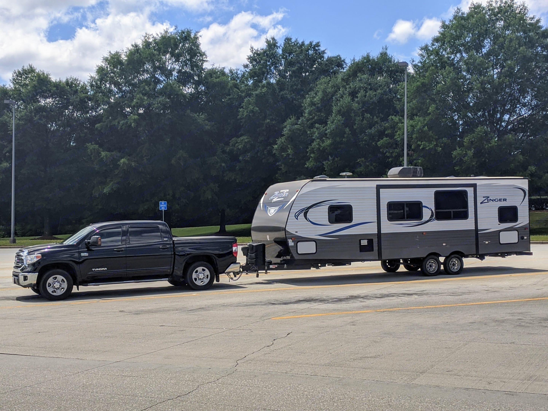 Georgia I-85 Welcome Center. Crossroads RV Zinger 2018