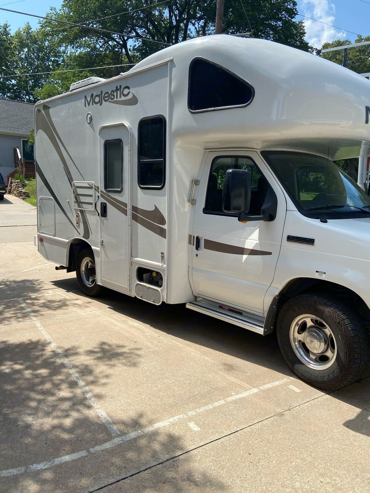 Thor Motor Majestic 19G Four Winds 2009