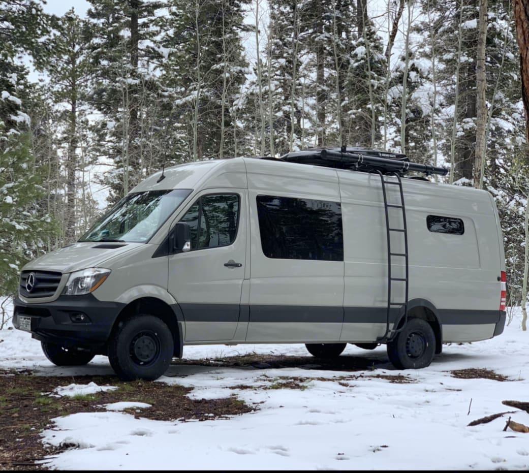 Betty in the winter. Mercedes-Benz Sprinter 2018
