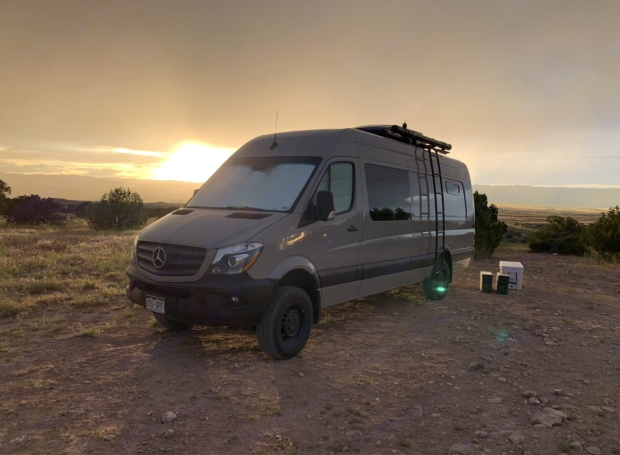 Betty in the desert. Mercedes-Benz Sprinter 2018