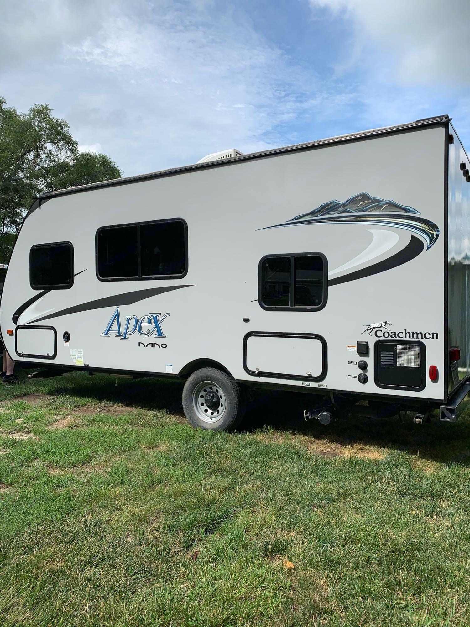 20 foot Apex Nano camping trailer with 30 Amp service.. Coachmen Apex 2016