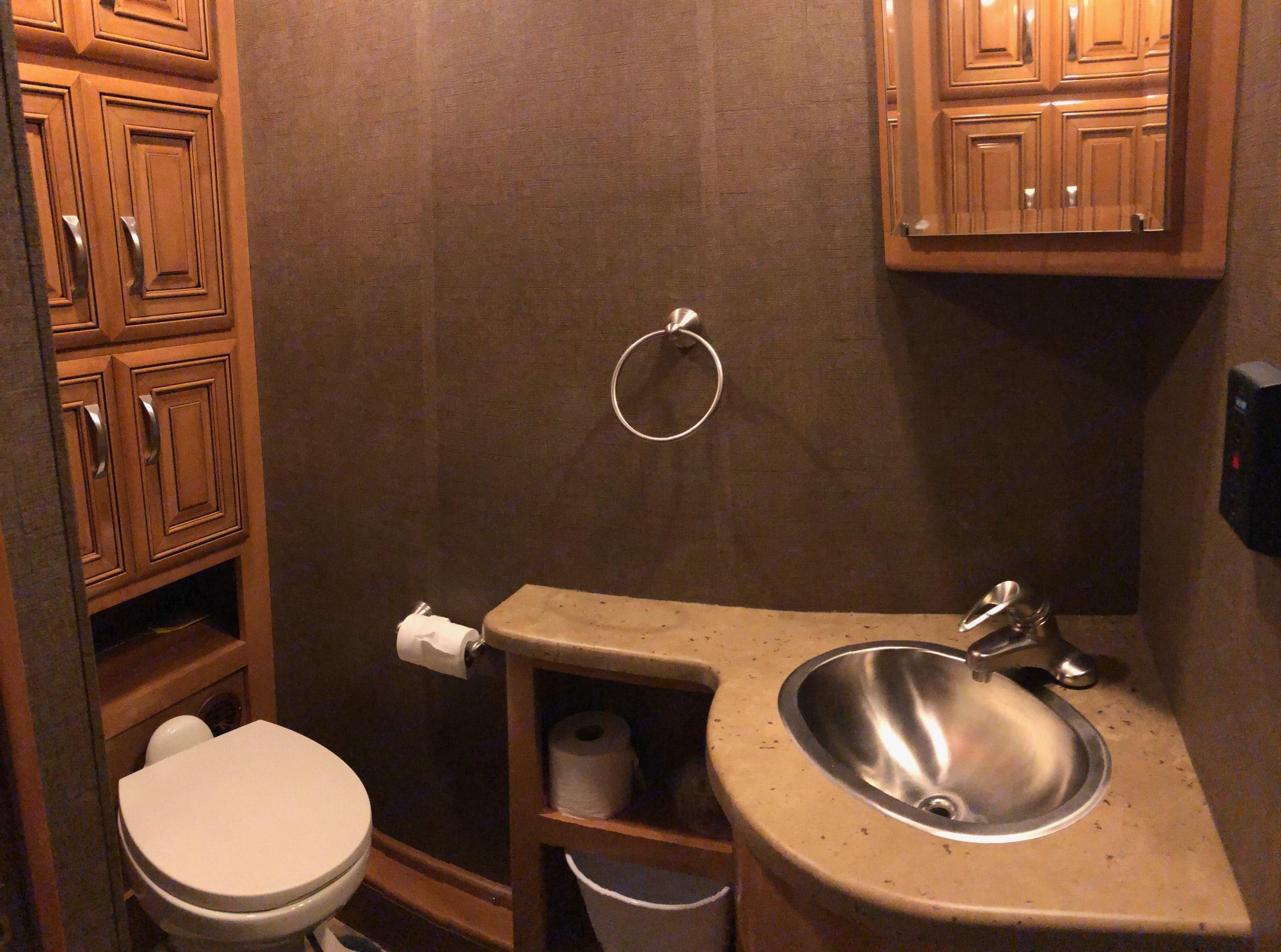 1/2 Bath near Living Room. Thor Motor Coach Challenger 2017