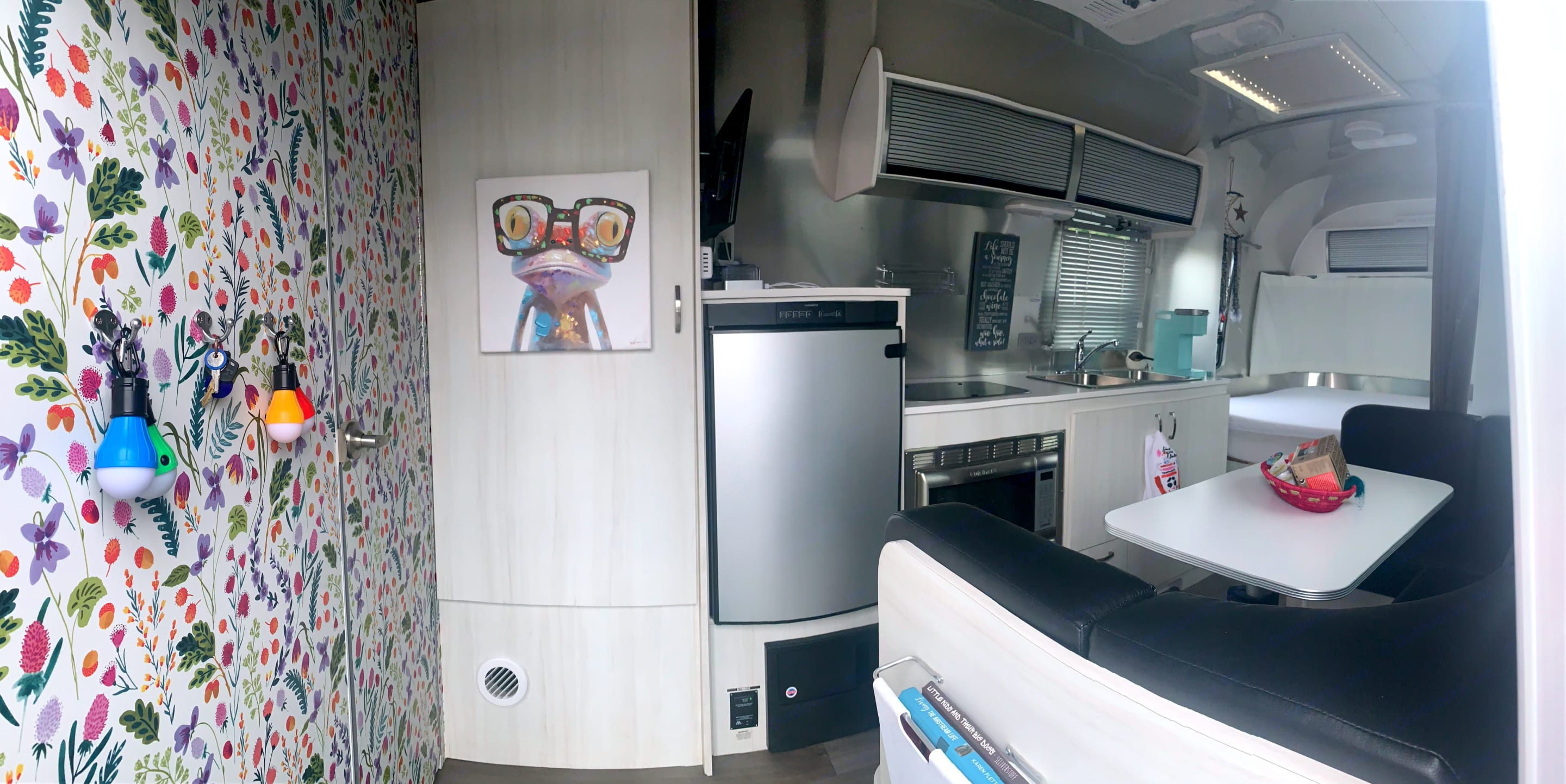 Welcome in- we're glad you chose us for your upcoming adventure!. Airstream Sport 2019