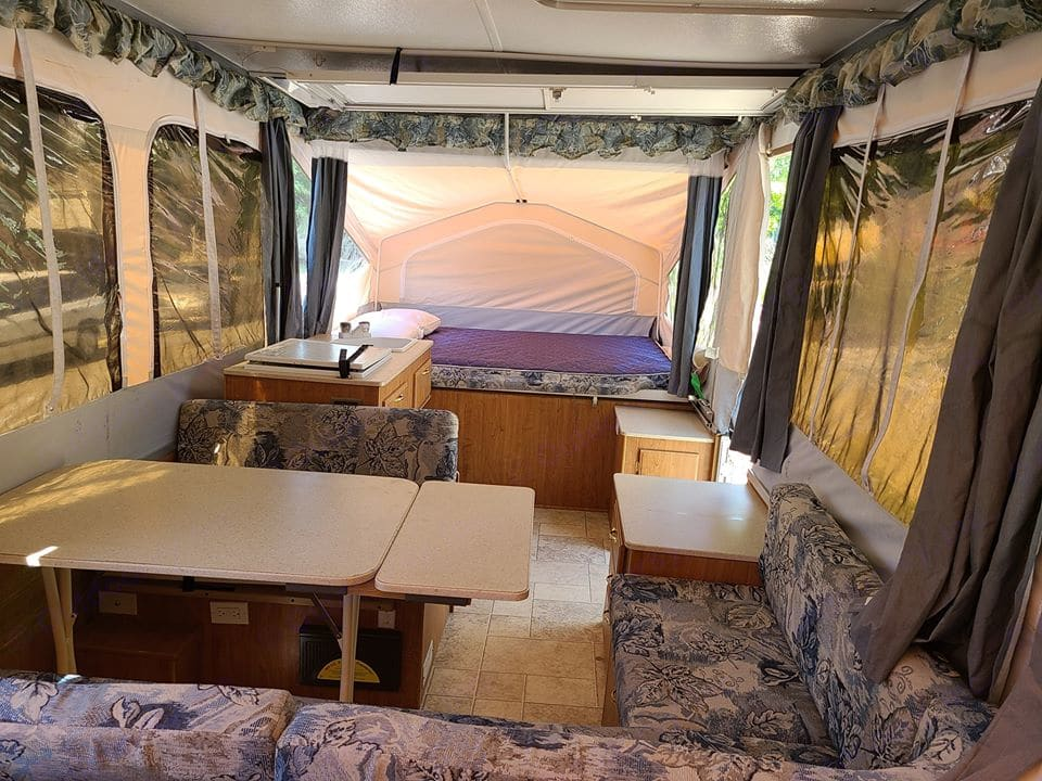 Large dining/couch seating-coverts to extra sleeping space. Flagstaff Other 2007