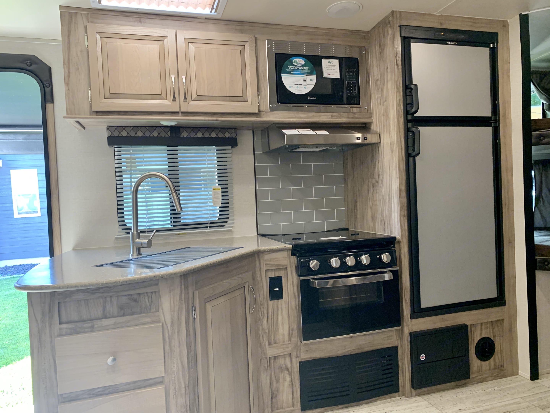 Kitchen view. Palomino Solaire Ultra Lite 2019